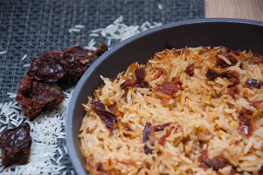 Riz parfum au safran cuit au four selon jamie olivier les id es claire - Absorber l humidite avec du riz ...